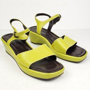 Vtg Donald J Pliner chartreuse green sandals 7.5